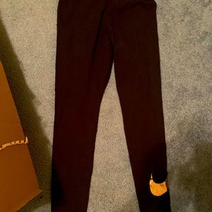Nike leggings with gold ✔️